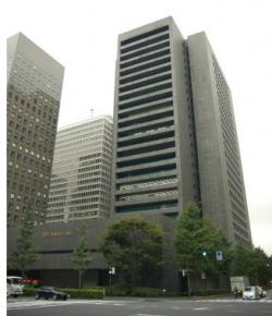 カバー先金融機関