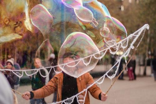 相場はバブル化