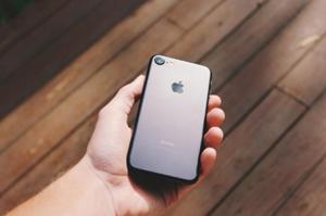 アップルのスマートフォン
